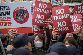 2018 05 25 01 South Korean No Trump No War